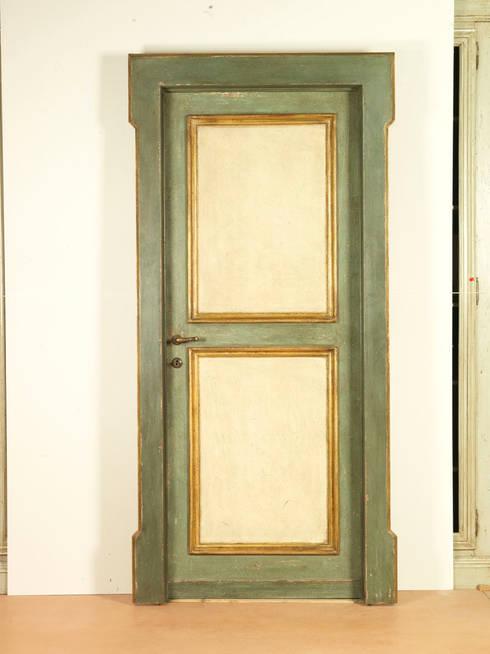 Porte del Passato:  tarz Pencere & Kapılar