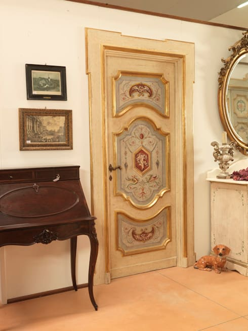 Puertas y ventanas de estilo clásico de Porte del Passato