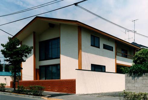 伽留羅-世田谷の事務所併用住宅-: 松井建築研究所が手掛けた家です。