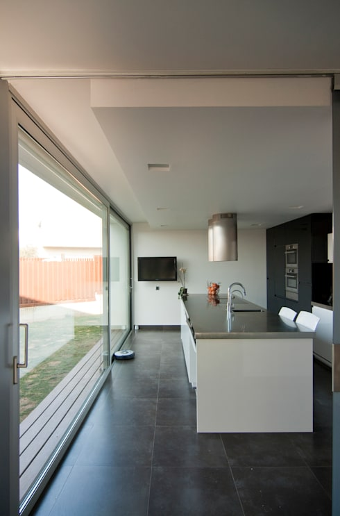 Cozinhas  por eidée arquitectes S.L.P.