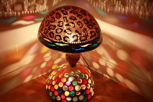 luminaires artistiques sculpt es en calebasse par amahe luminaires artistiques en calebasse. Black Bedroom Furniture Sets. Home Design Ideas