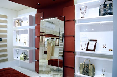 JOALHERIA DESIGN - CASA COR SP 2015 - BRASIL - Efeitos Especiais : Lojas e imóveis comerciais  por Adriana Scartaris design e interiores