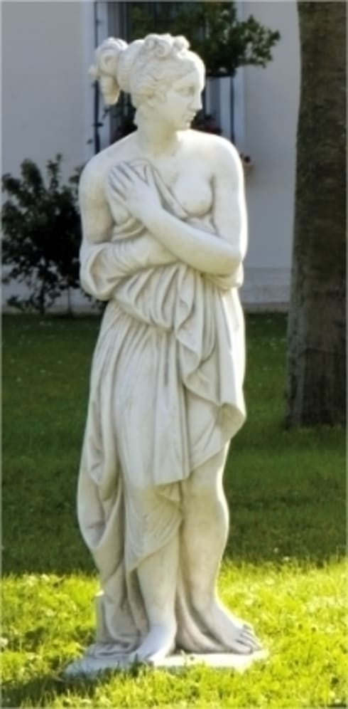 Statue da giardino in cemento da esterno di pmc homify - Nicchie per statue da giardino ...