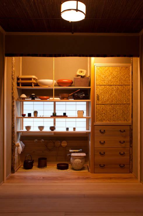 水屋: 一級建築士事務所  M工房が手掛けたキッチンです。