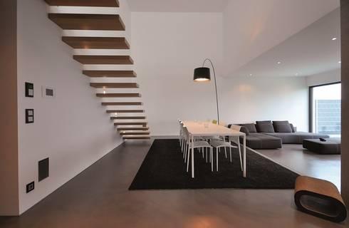 Haus D – Stutensee: minimalistische Esszimmer von lc[a] la croix [architekten]