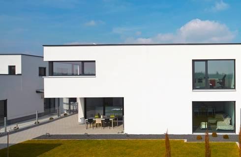 Haus D – Stutensee: minimalistische Häuser von lc[a] la croix [architekten]