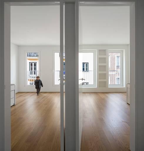 Quartos minimalistas por João Tiago Aguiar, arquitectos