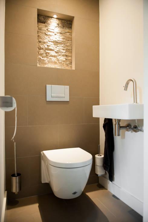 toilet gang en hal door studiohecht