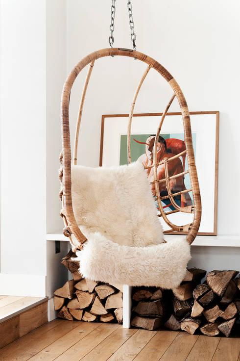 Jaren 30 woonhuis:  Woonkamer door Jolanda Knook interieurvormgeving