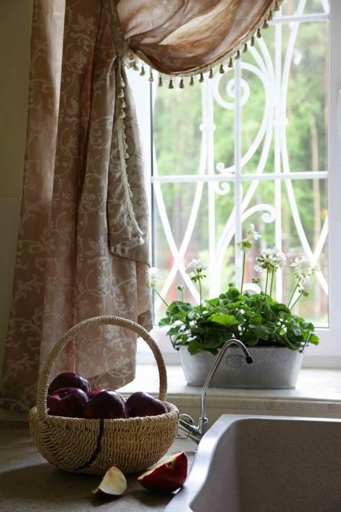 Загородный дом 360м2: Кухни в . Автор – Tatiana Ivanova Design