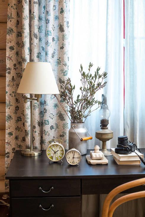 Дача 180м2: Рабочие кабинеты в . Автор – Tatiana Ivanova Design
