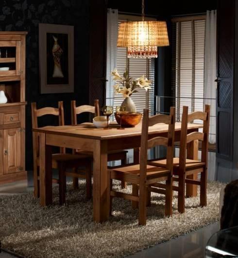 Salones rústicos de pino: Comedor de estilo  de Muebles Morte, S.L.
