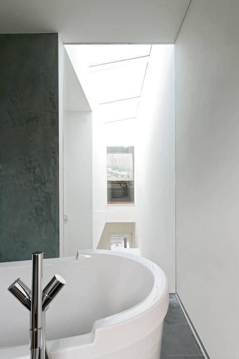 Projekty,  Łazienka zaprojektowane przez dreipunkt ag
