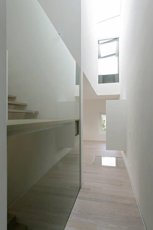 Einfamilienhaus Brogli, Brig:  Wohnzimmer von dreipunkt ag