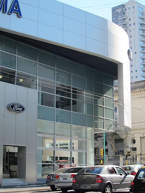 Ford Serra Lima AGENCIA AUTOMOTOR -CÓRDOBA Y AGUERO C.A.B.A.: Casas de estilo moderno por vivasarquitectos