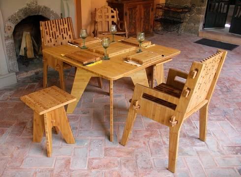 Set de comedor Beat con 2 sillas y 2 bancos : Balcones y terrazas de estilo moderno por Wedgewood Furniture