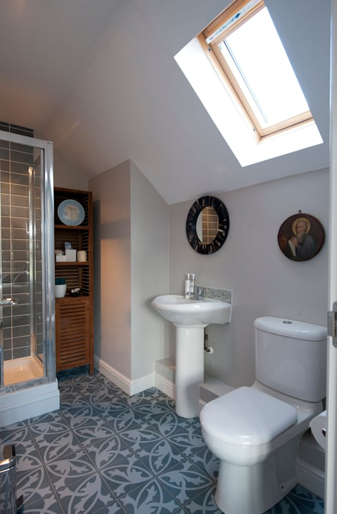 Family Home in Tunbridge Wells:  Bathroom by Smartstyle Interiors