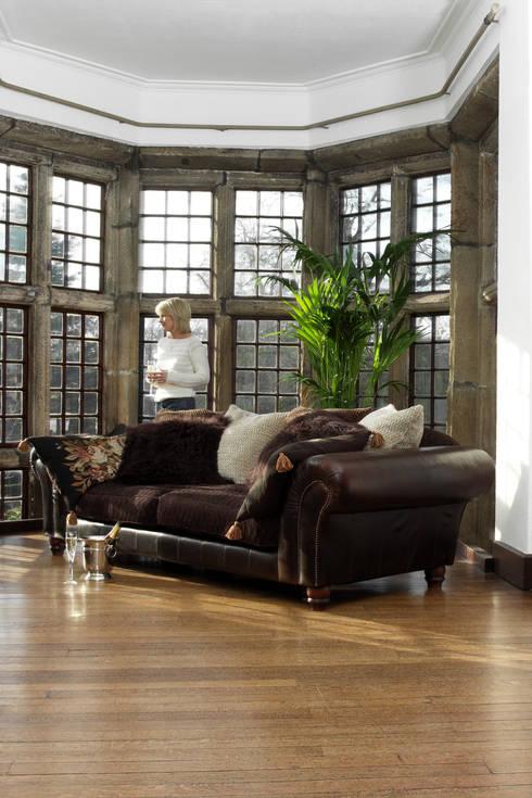 Living room by TETRAD LTD