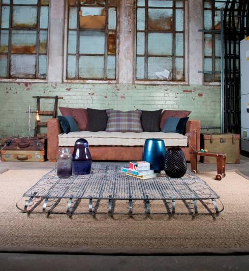 classic Living room تنفيذ TETRAD LTD