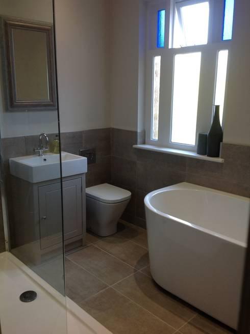 BEAUTIFUL BATHROOMS:  Bathroom by Debra Carroll Interiors
