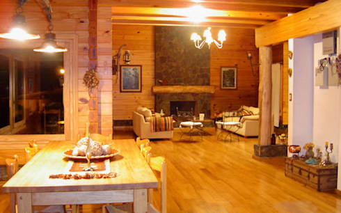 Otros interiores de Patagonia Log Homes: Livings de estilo rural por Patagonia Log Homes