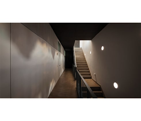 Quintana 4598: Pasillos y recibidores de estilo  por IR arquitectura