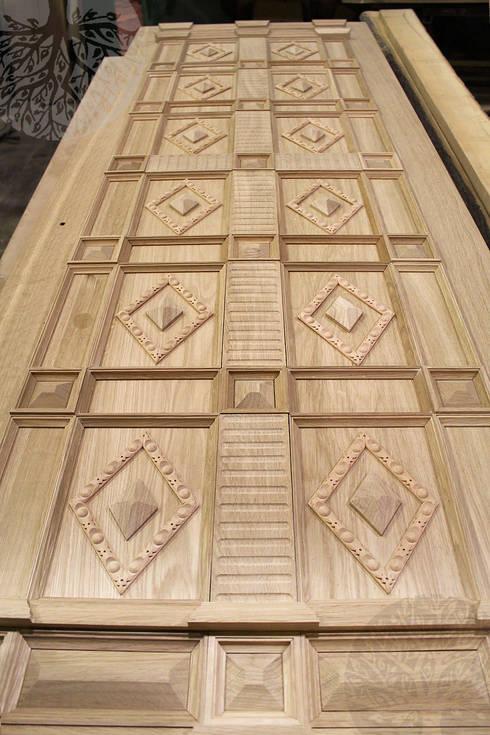 Входные двери из дуба: Окна в . Автор – Lesomodul