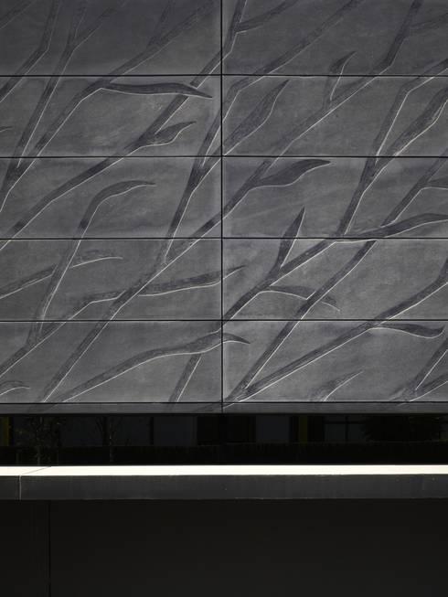 Project X Almere:  Muren door Rene van Zuuk Architekten bv
