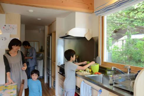 マドが効く 居心地のいい家(御代田町): (株)誠設計事務所が手掛けたです。