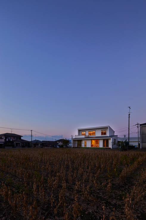 古枝の家: 鶴巻デザイン室が手掛けた家です。