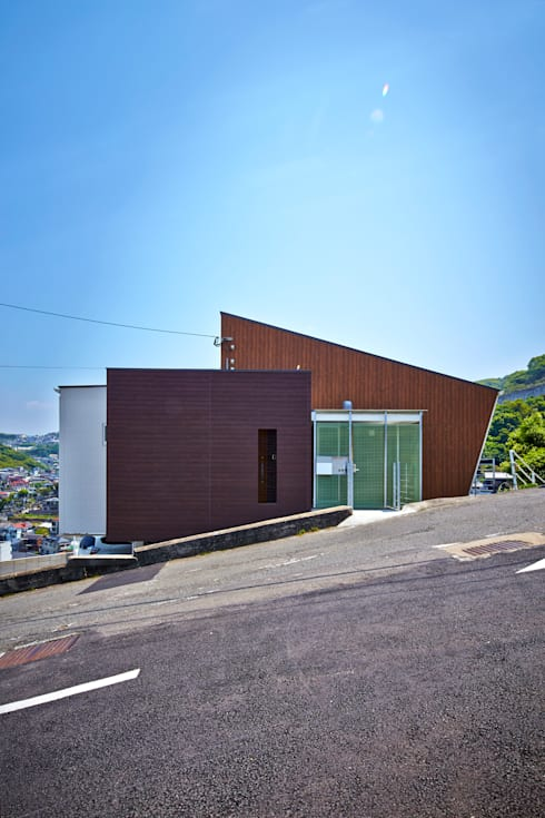 I-HOUSE: 岡村設計が手掛けた家です。