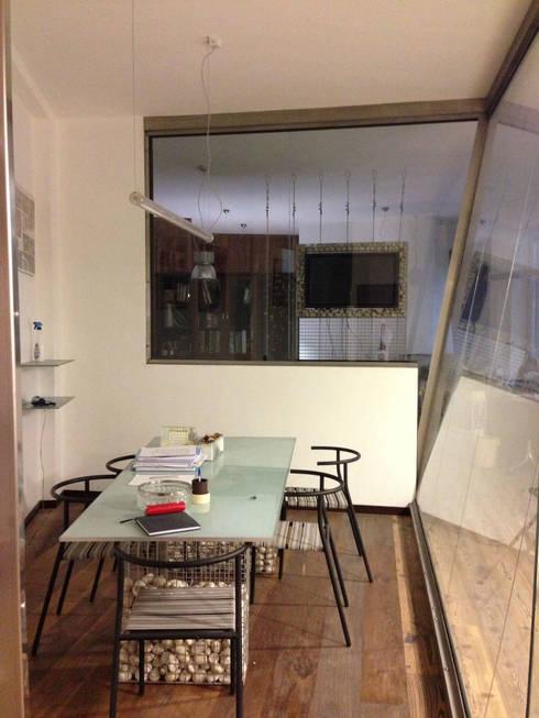 studio di architettura : Studio in stile  di studio architettura terzaghi