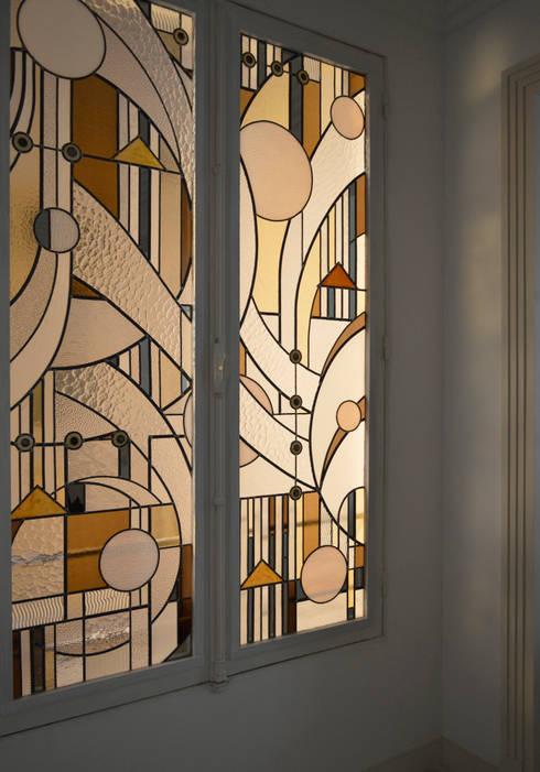 Windows & doors  by Catherine Nafziger - Atelier Kats Vitrail