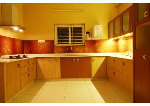 URBAN NEST: modern Kitchen by Aadyam Design Studio
