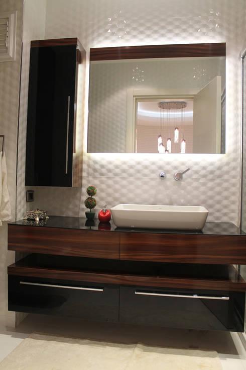 HEBART MİMARLIK DEKORASYON HZMT.LTD.ŞTİ. – Hızır Eksioglu Evi:  tarz Banyo