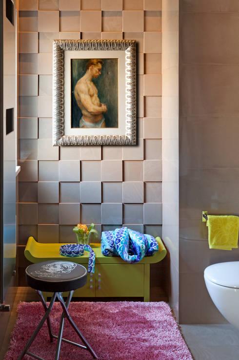Dettaglio bagno: Bagno in stile  di PDV studio di progettazione