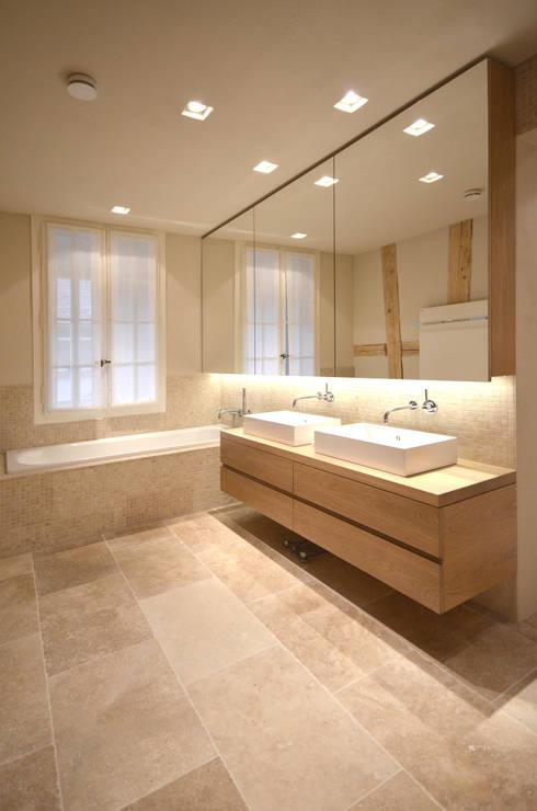 Badezimmer OG: moderne Badezimmer von Dr. Schmitz-Riol Planungsgesellschaft mbH