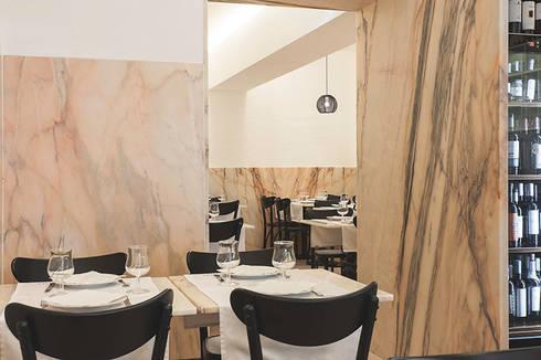 Cervejaria Europa: Espaços de restauração  por TERNULLOMELO Architects