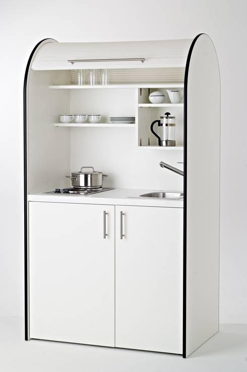pro-art colorLINE Schrankküchen: moderne Küche von lemoboo AG