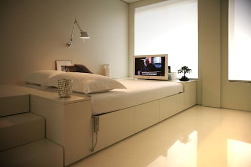Closet House: Quartos modernos por Consexto