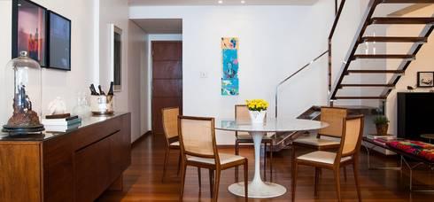 Sala de Jantar: Salas de jantar modernas por Escritório de Arquitetura e Interiores Janete Chaoui