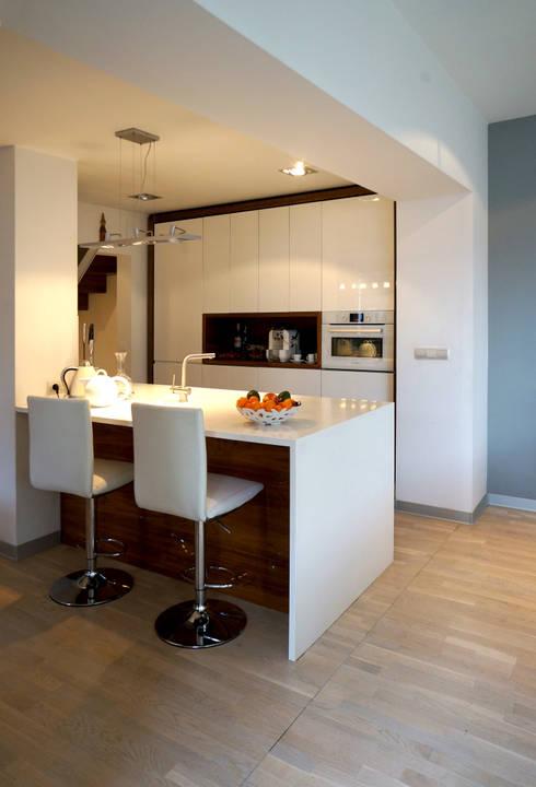 Küche von Grid Architekci