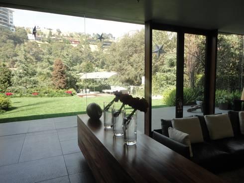 JARDÍN RESIDENCIA: Jardines de estilo minimalista por PAISAJE MEXICANO