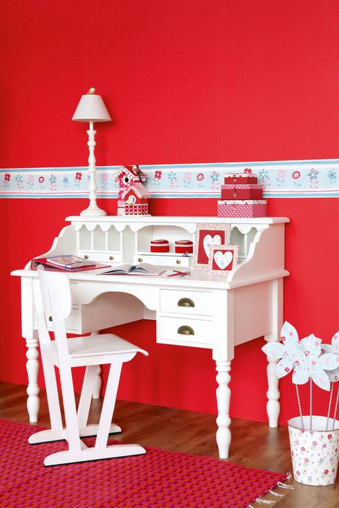 Cenefa Floral: Dormitorios infantiles de estilo clásico de Papel Pintado Saint Honoré