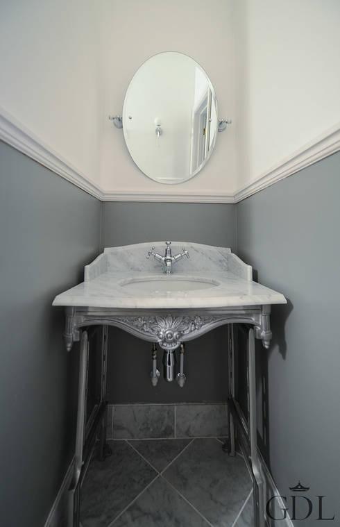 The Broadway, SW19 - Extension & Bathroom Renovation:  Bathroom by Grand Design London Ltd