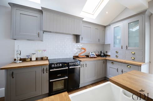 Kitchen Extension: modern Kitchen by Grand Design London Ltd