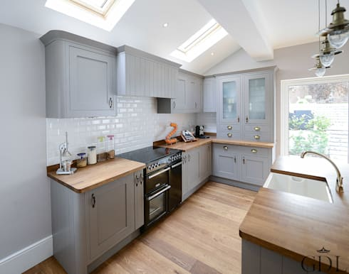 Kitchen Extension: modern Kitchen by Grand Design London Ltd