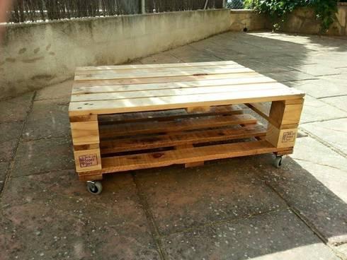 Mesa hecha con palets con ruedas de mind made muebles - Mesa palets ruedas ...