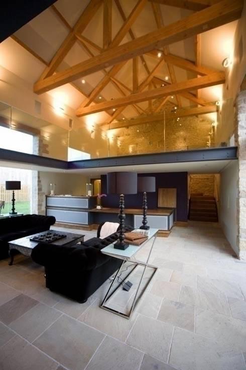 Threshing Barn Interior:  Living room by Wildblood Macdonald