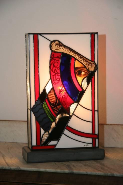 NEWOLD - Lampe en vitrail Tiffany par Lumière et Vitrail | homify